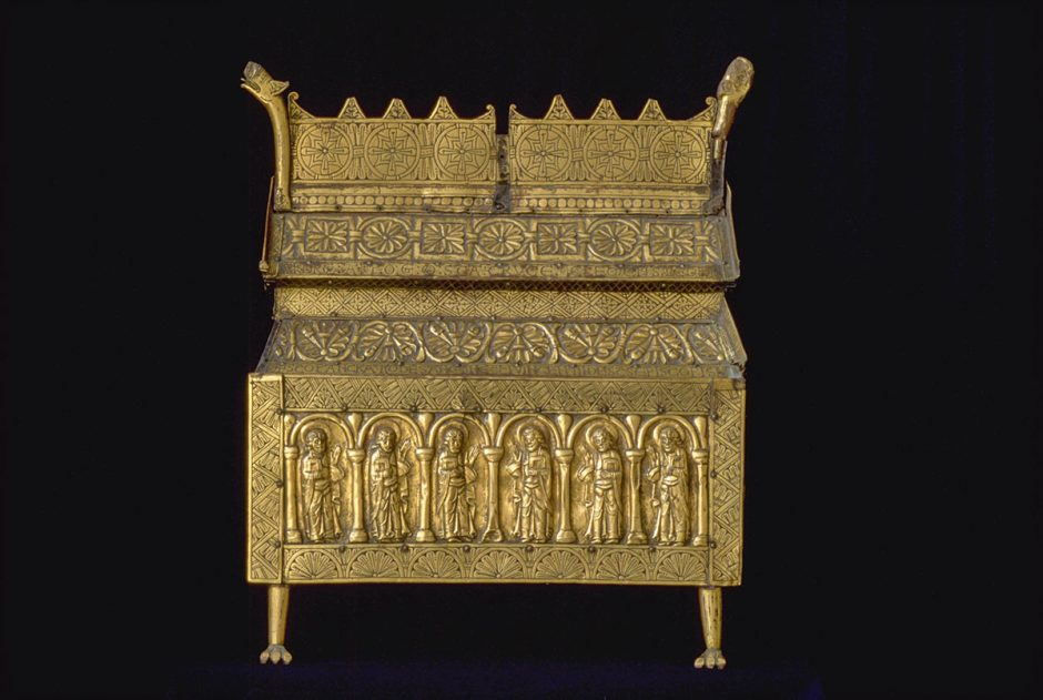 Oak reliquary, overdrawn with gilded copper, Västergötland, Eriksberg Church, c. 1175.