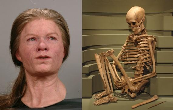 """""""Bäckaskogskvinnan"""" Skåne, Kiaby (Barum), ca 7000 f.Kr. Rekonstruktion till vänster i bild, SHM 22438"""